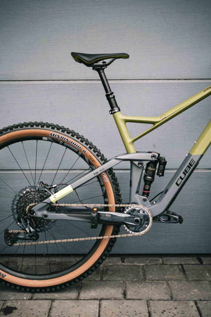 9 Best Selling Mountain Bikes in 2020: Pros and Cons + Buying Guide